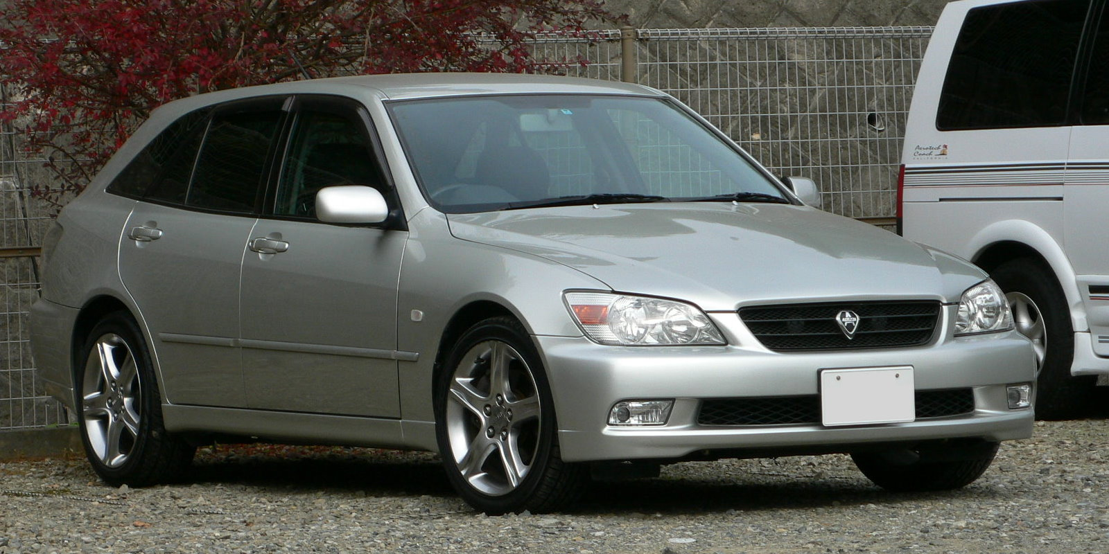 2001 toyota altezza gita as200 related infomation,specifications