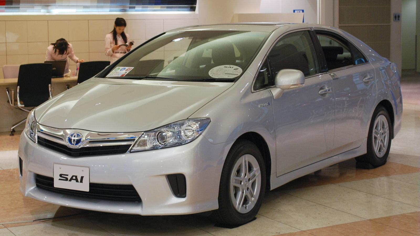2009_Toyota_SAI_01.jpg