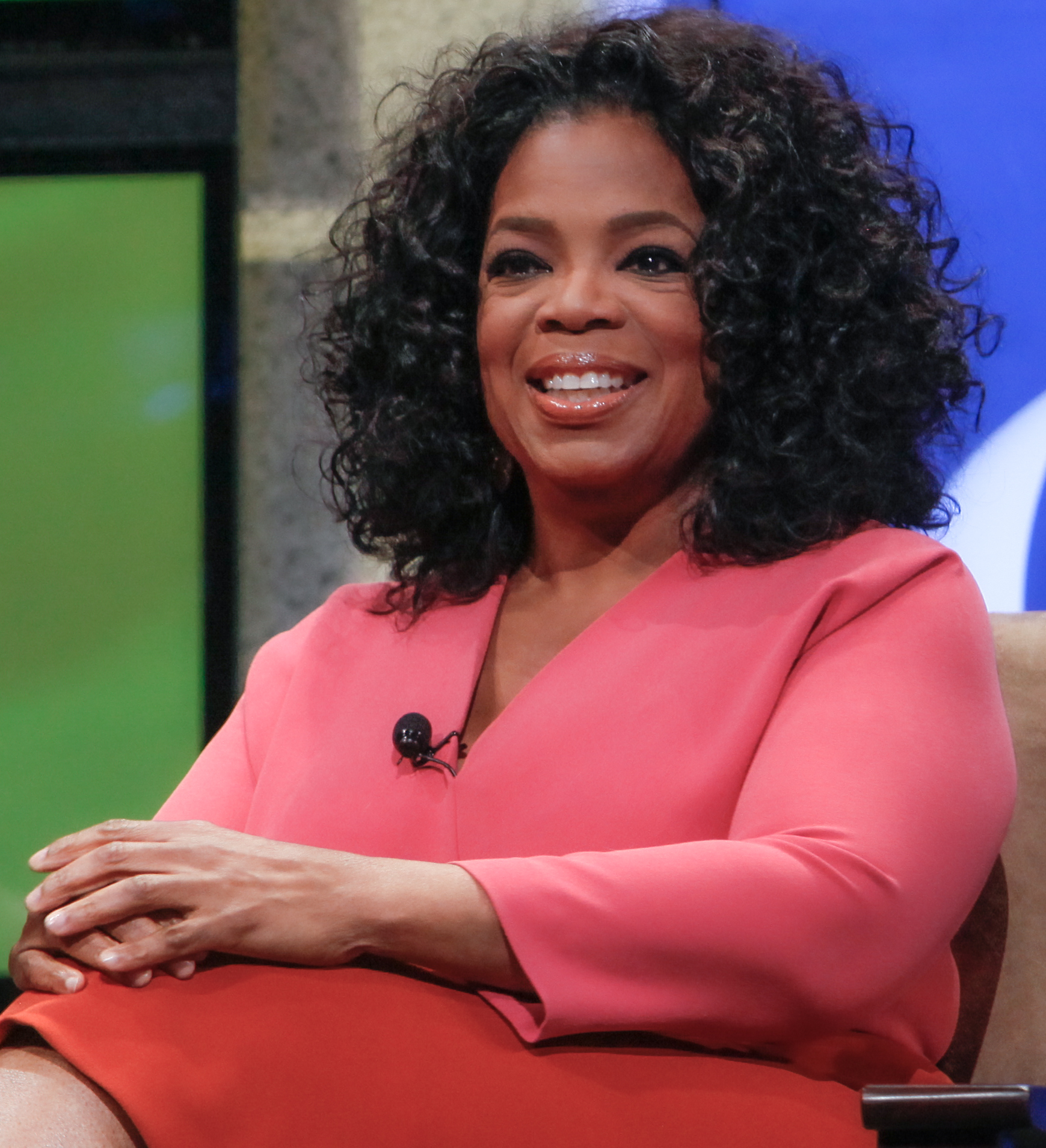File:2011 Oprah at The Cable Show (29902986311) (2).jpg - Wikimedia Commons