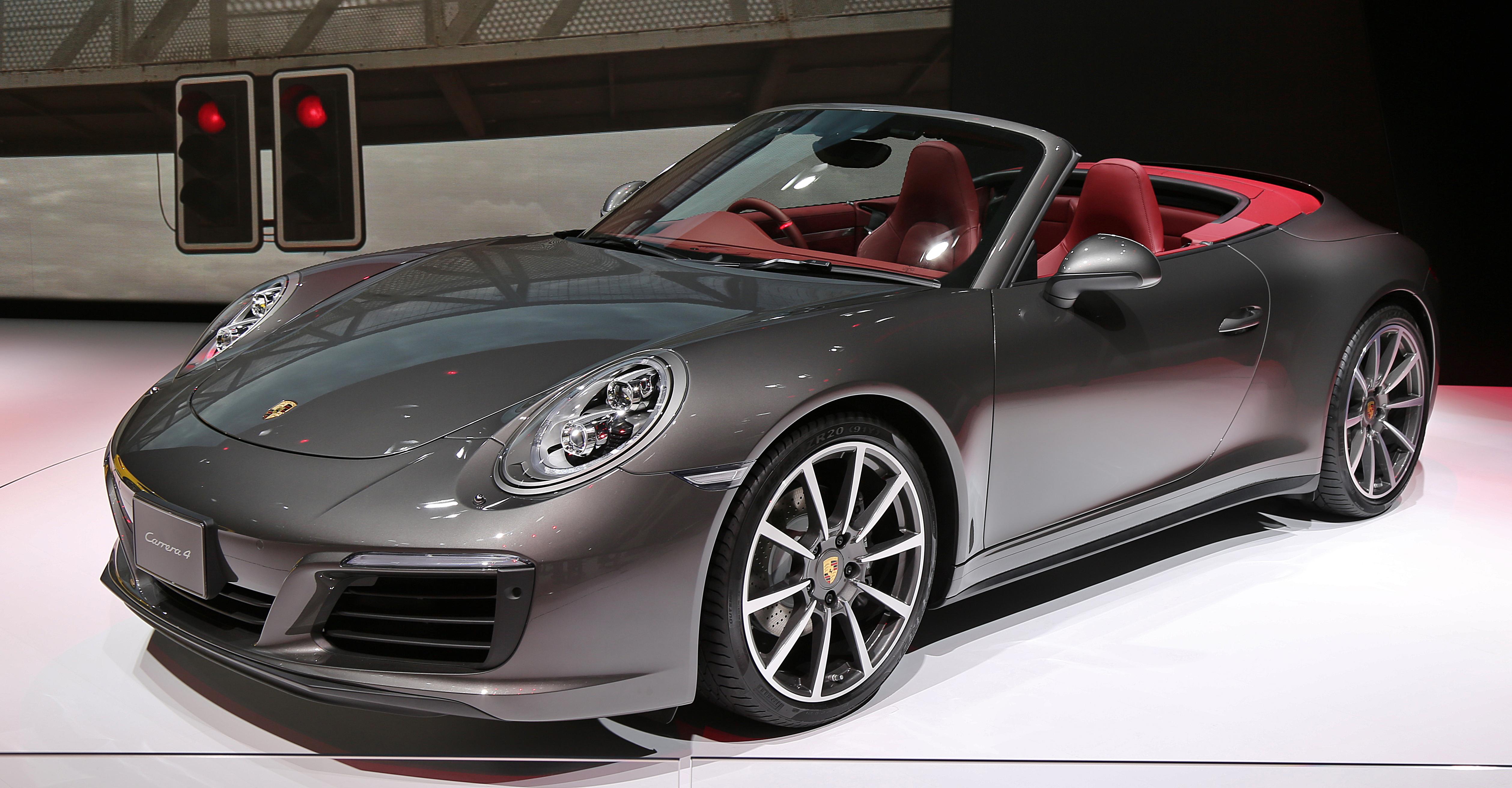 File 2015 Porsche 911 Carrera 4 Convertible Jpg