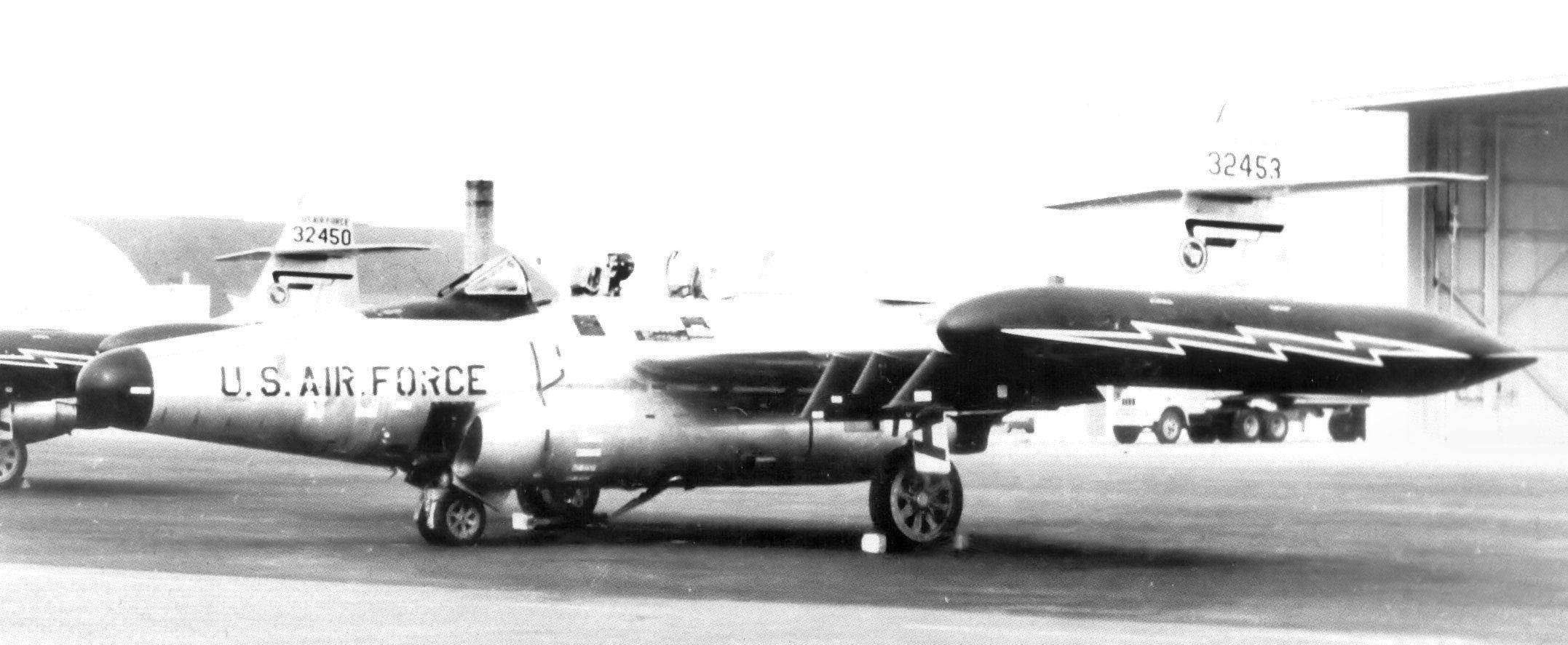 File:54th Fighter-Interceptor Squadron Northrop F-89J-50-NO Scorpion