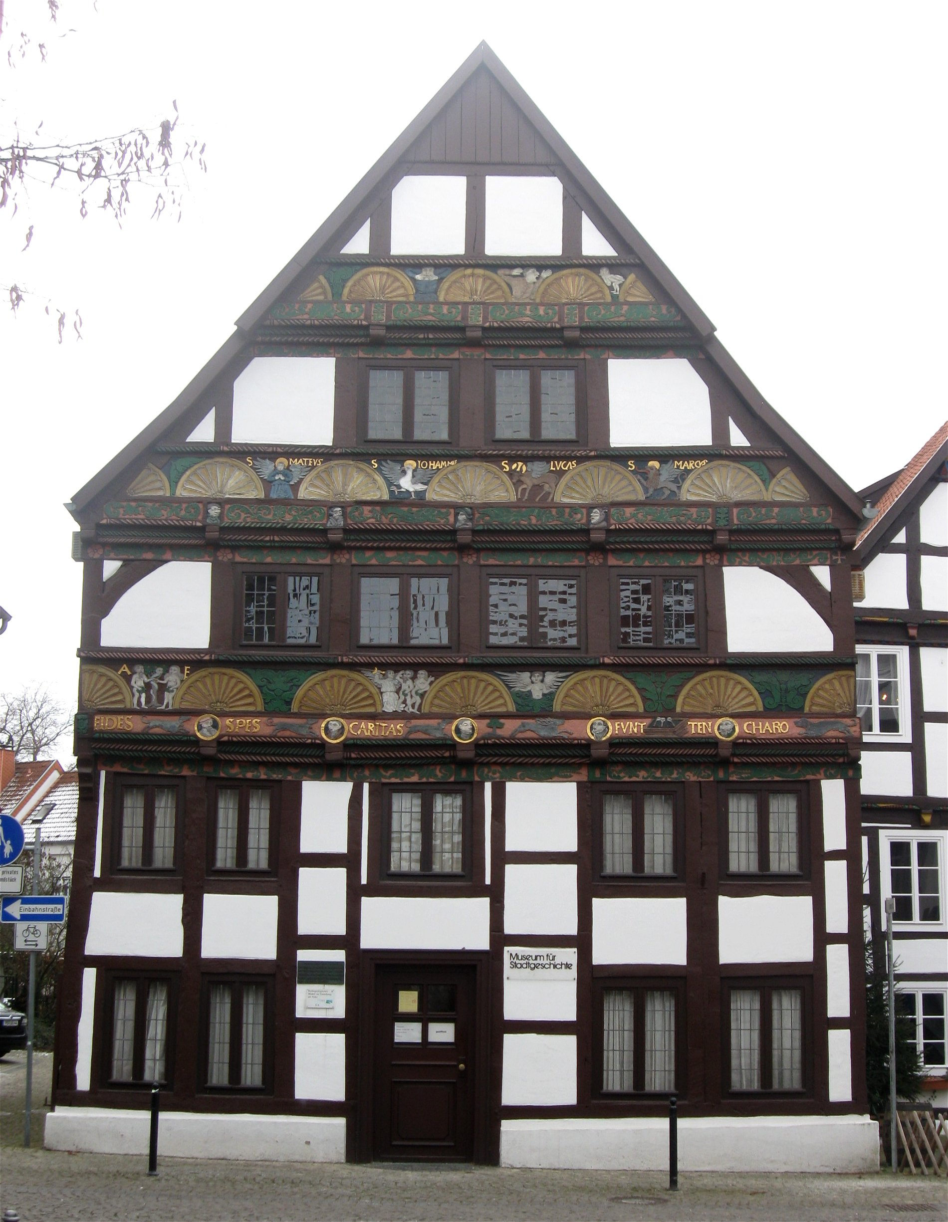 Number One Paderborn file adam und haus paderborn 1 jpg wikimedia commons
