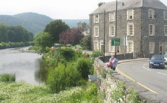 Afon Conwy from Pen y Bont Fawr - geograph.org.uk - 831726