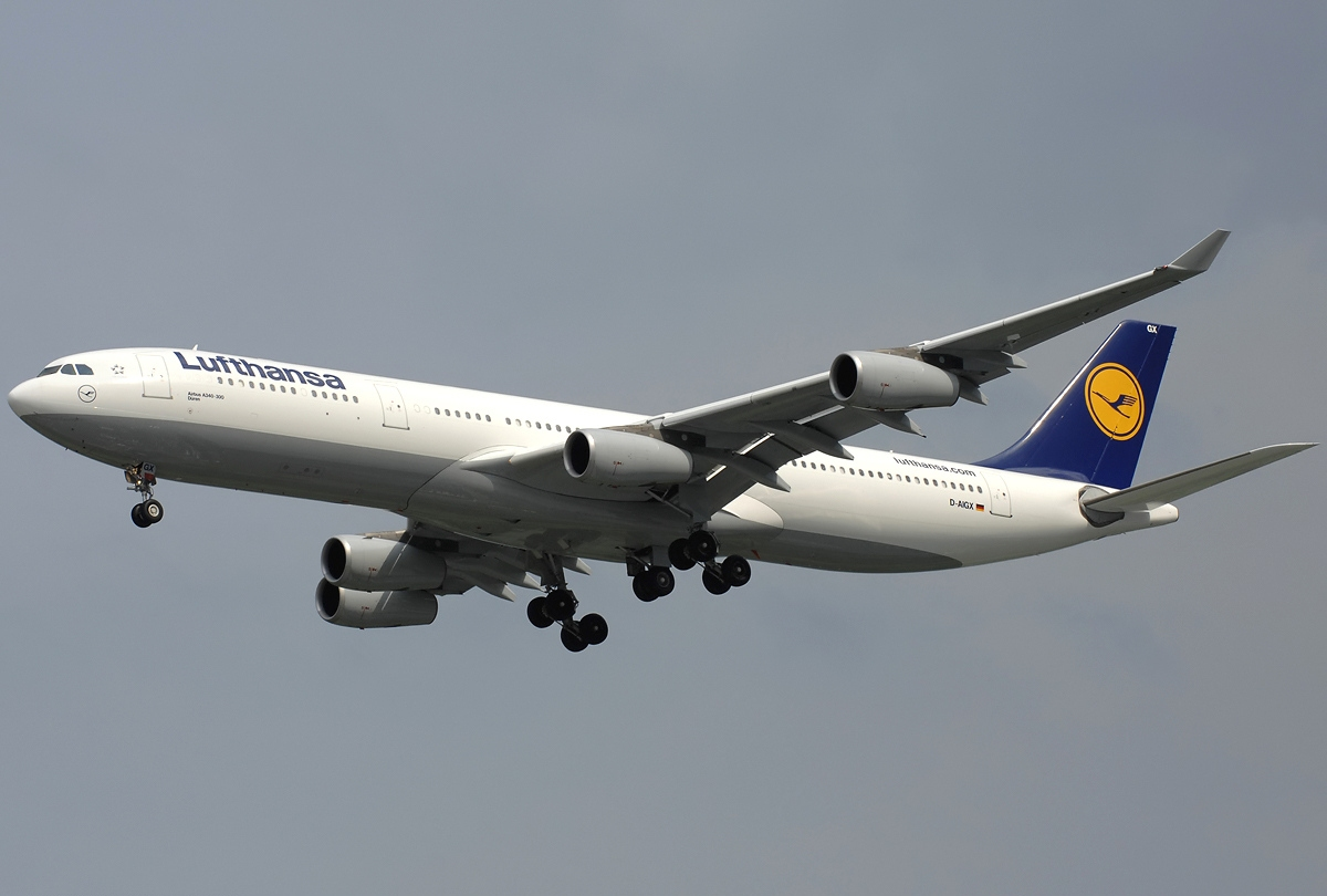 file airbus a340 313x lufthansa wikipedia. Black Bedroom Furniture Sets. Home Design Ideas