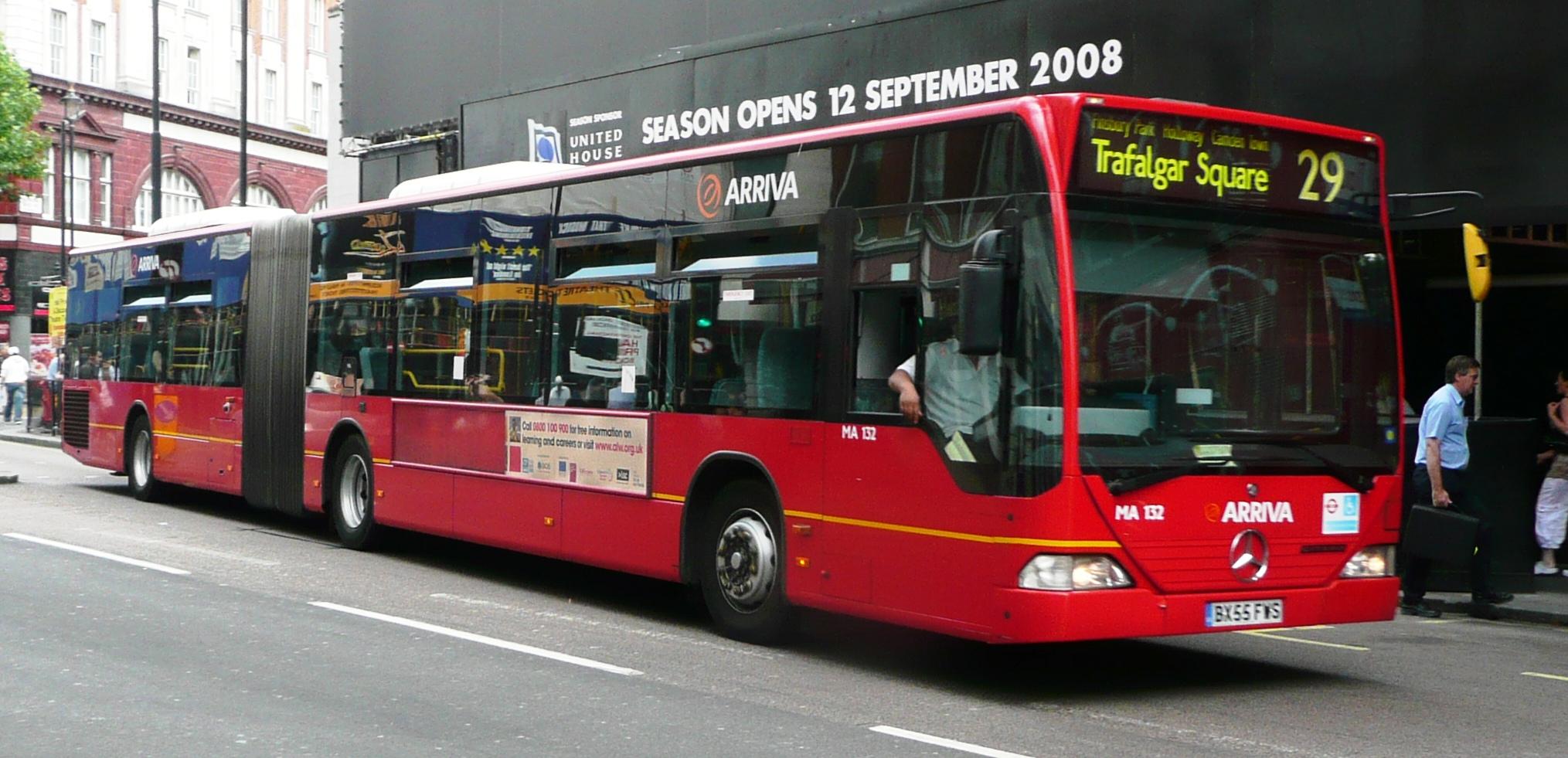 File arriva london ma132 jpg wikimedia commons - Mercedes benz garage london ...