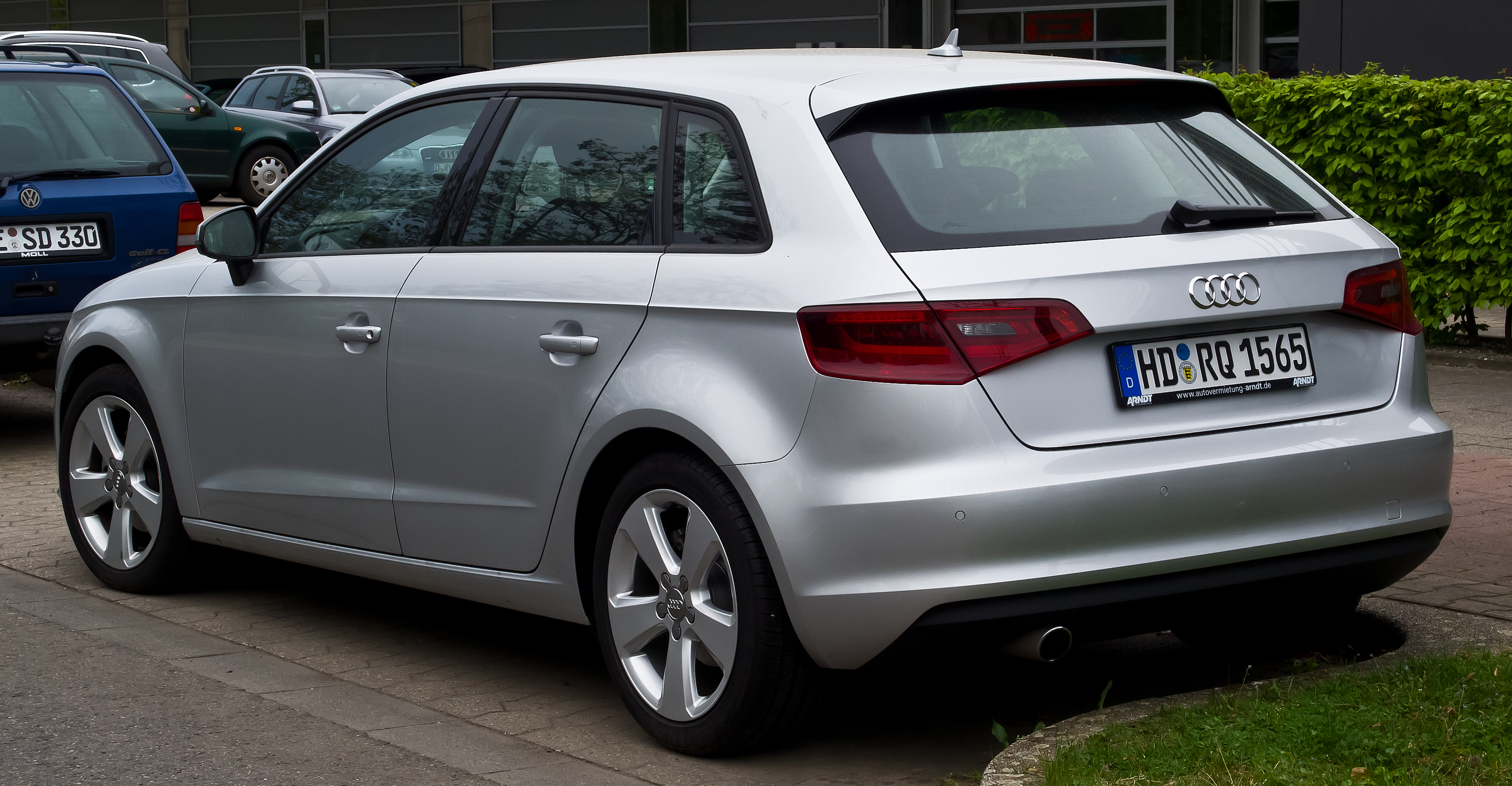 file audi a3 sportback 1 6 tdi ambition 8v heckansicht 6 april 2014 d. Black Bedroom Furniture Sets. Home Design Ideas