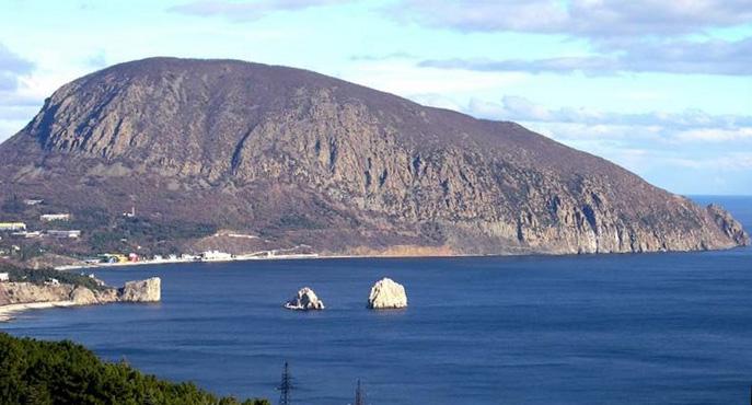 Ayu-Dag (Medved-Gora) from Gurzuf