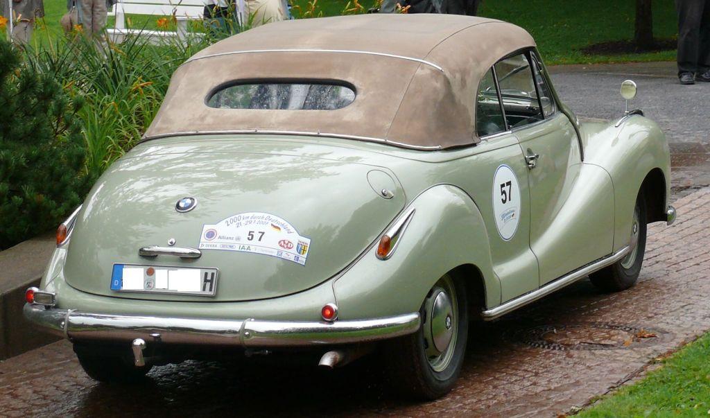 File:BMW 501 V8 Cabriolet hr.jpg - Wikimedia Commons