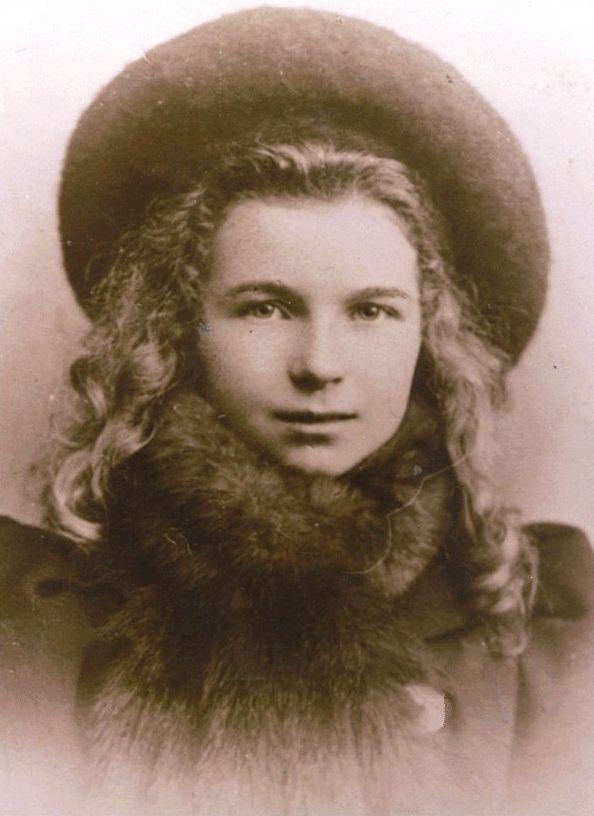 Marjorie Bates - Wikipedia