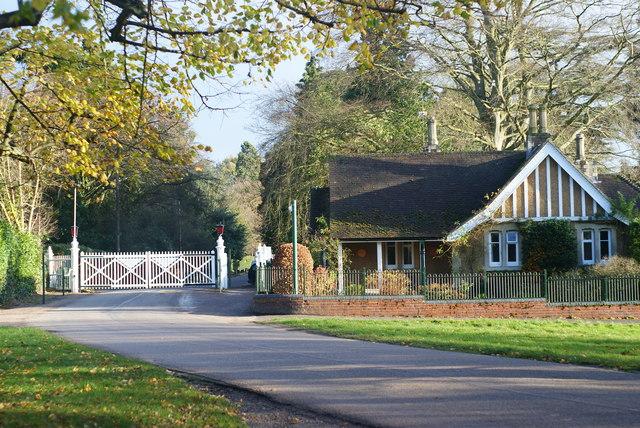 Bishopsgate, Windsor Great Park - geograph.org.uk - 1597015