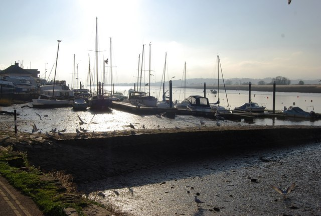 Boats in the mud, Topsham - geograph.org.uk - 1109171