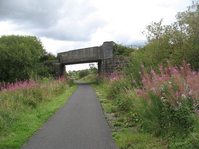 Bridge over the Kilbarchan Loop - geograph.org.uk - 1441260