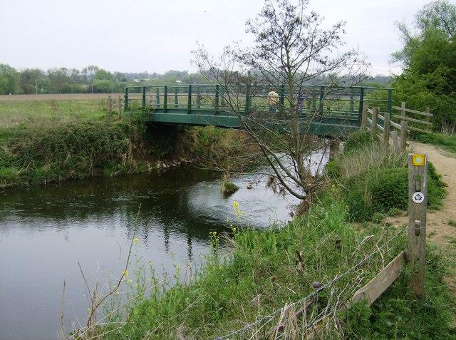 Broadeng Bridge - geograph.org.uk - 487684