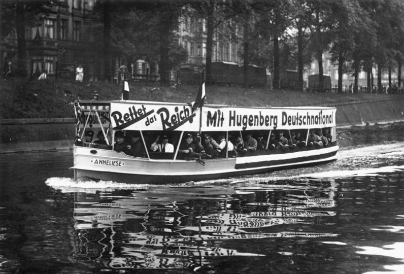 Wahlwerbung zur Reichstagswahl vom Juli 1932