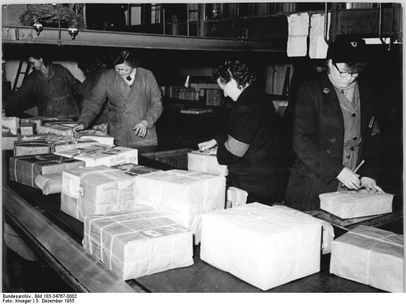 file bundesarchiv bild 183 34767 0002 berlin postamt o 17 wikimedia commons. Black Bedroom Furniture Sets. Home Design Ideas