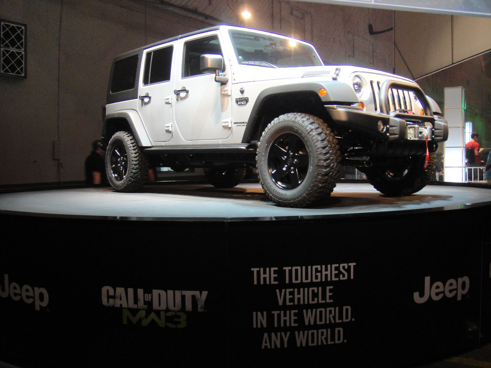 File:Call Of Duty XP 2011   Call Of Duty MW3 Jeep (6113478243)