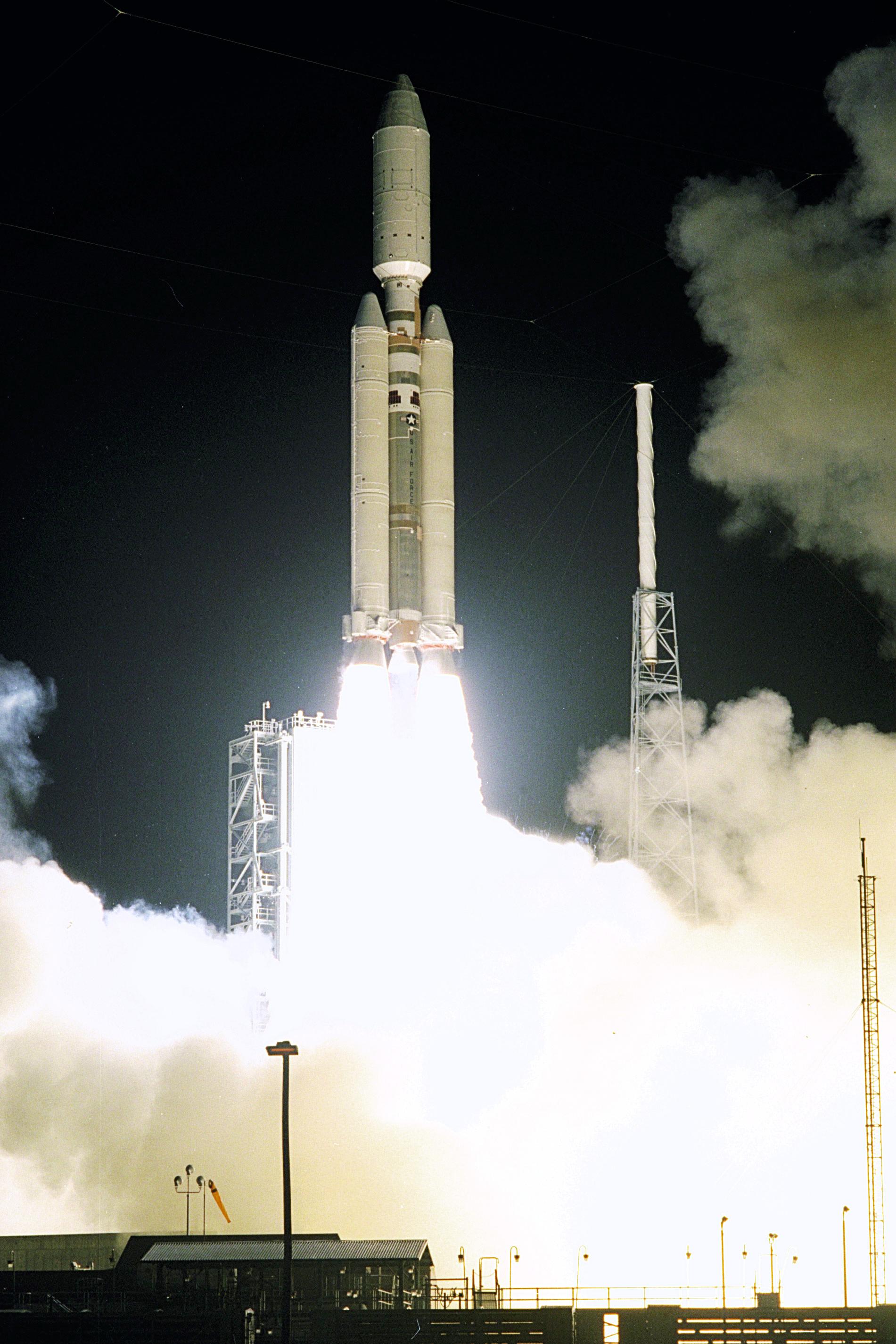 cassini probe launch - photo #1