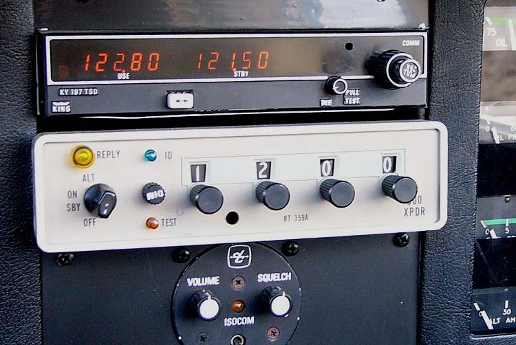 Transponder (midt på bildet).