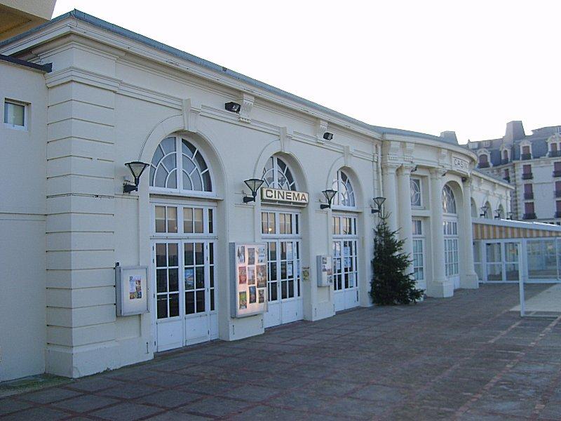 Cin Ef Bf Bdma Hotel De Ville St  Ef Bf Bdtienne