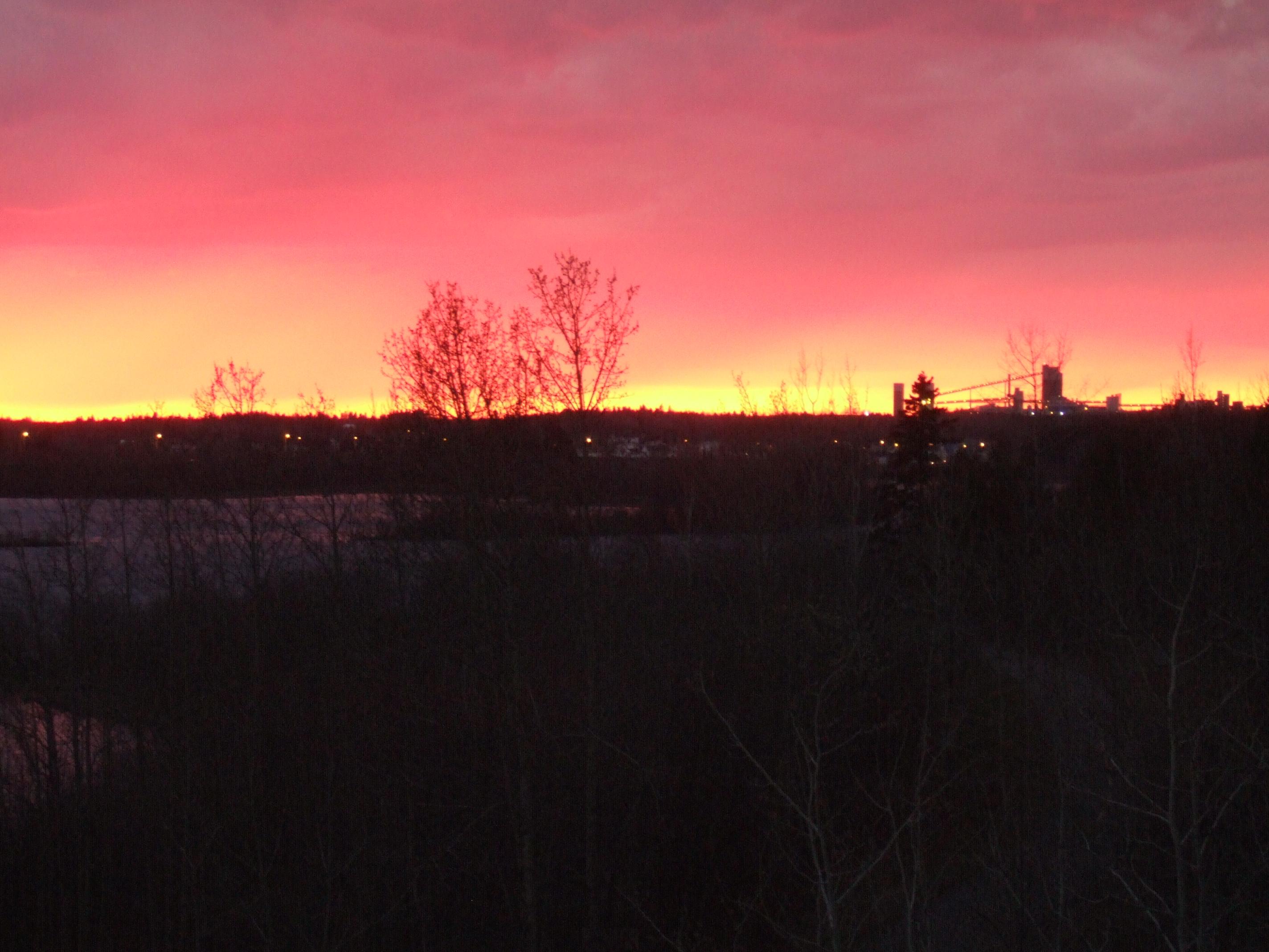 Fichier couch soleil alcan1 jpg wikip dia - Le soleil se couche a quel heure ...