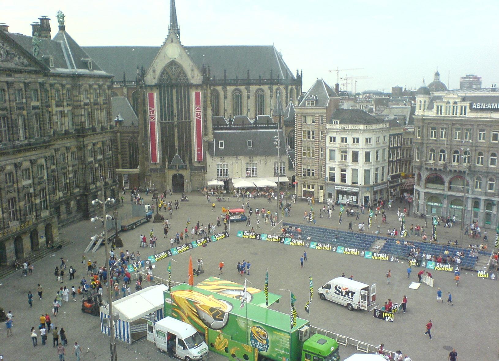 Fil dam square wikipedia for Dam in amsterdam