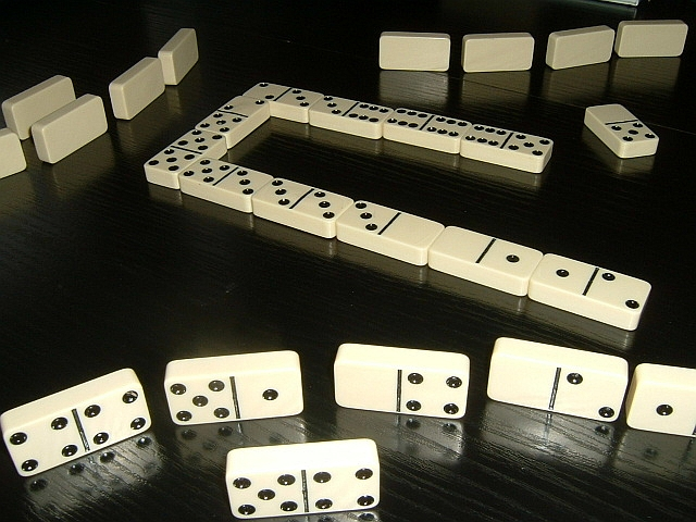 Dominoes - Wikipedia, the free encyclopedia
