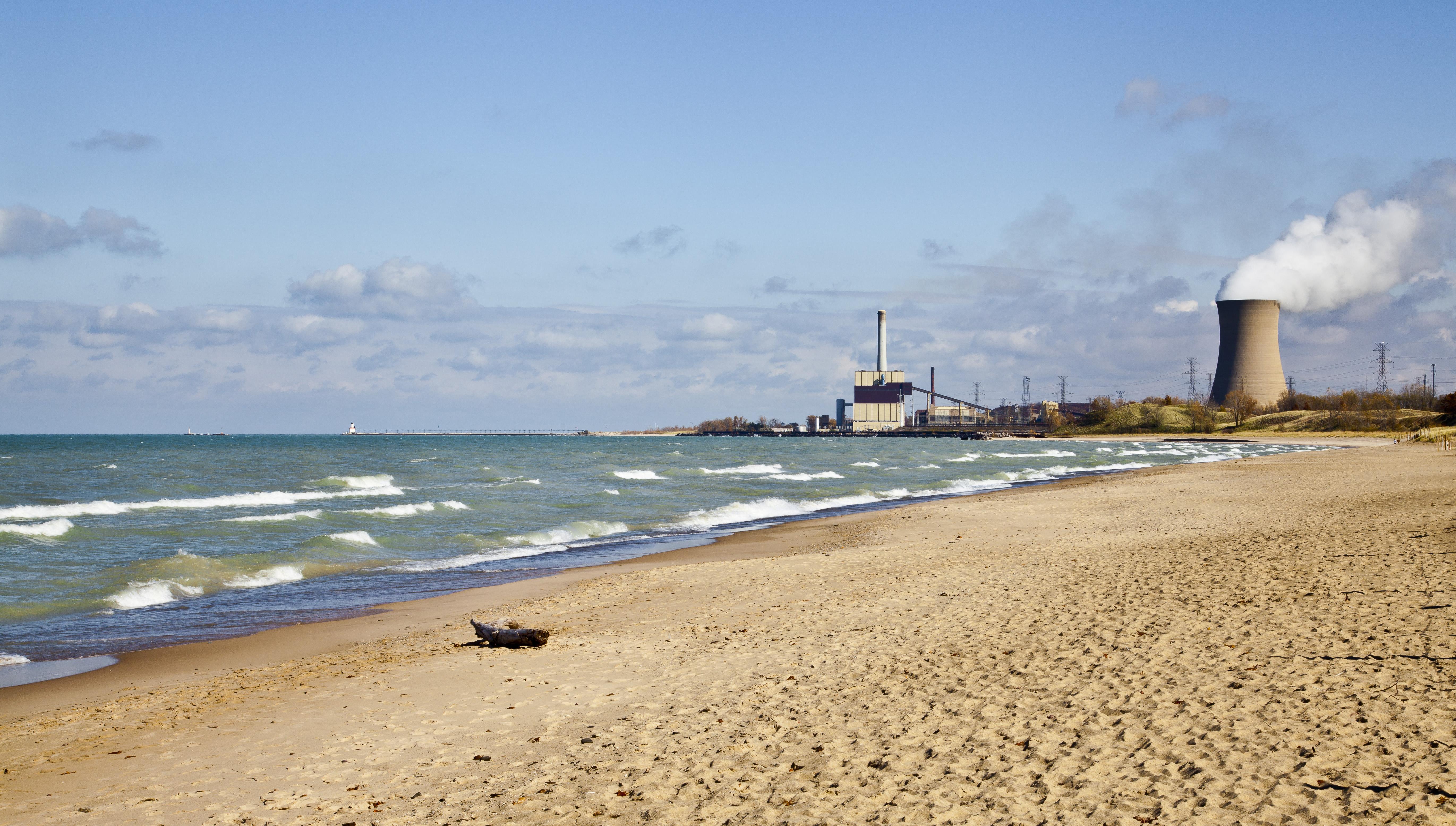 Beach Amd City