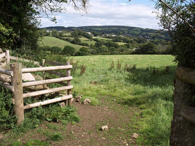 Field near Long Park - geograph.org.uk - 1467681