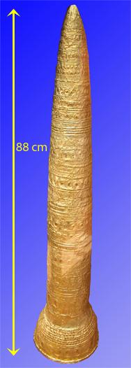 Gold-Hut klein-cm.png