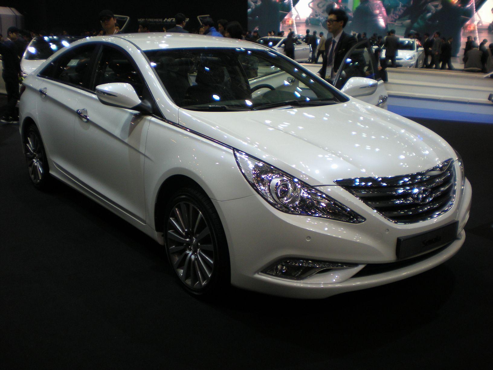 File Hyundai Sonata Yf 2013 01 Jpg Wikimedia Commons