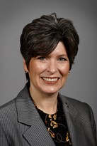 Joni Ernst - Official Portrait - 85th GA.jpg