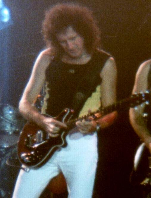 Koeln1998 Brian May.jpg
