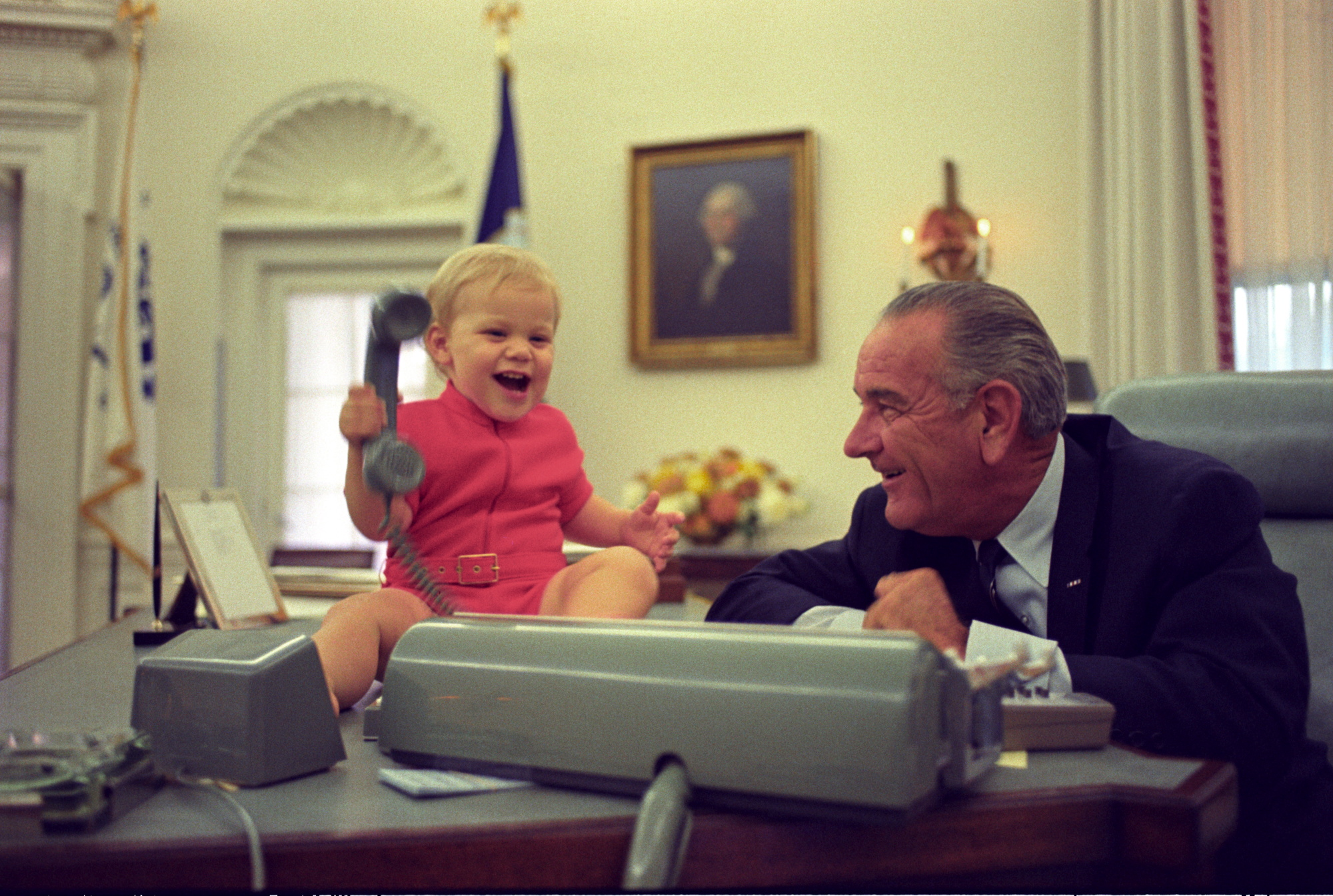 lbj oval office. File:LBJ And Grandson Oval Office.jpg Lbj Office
