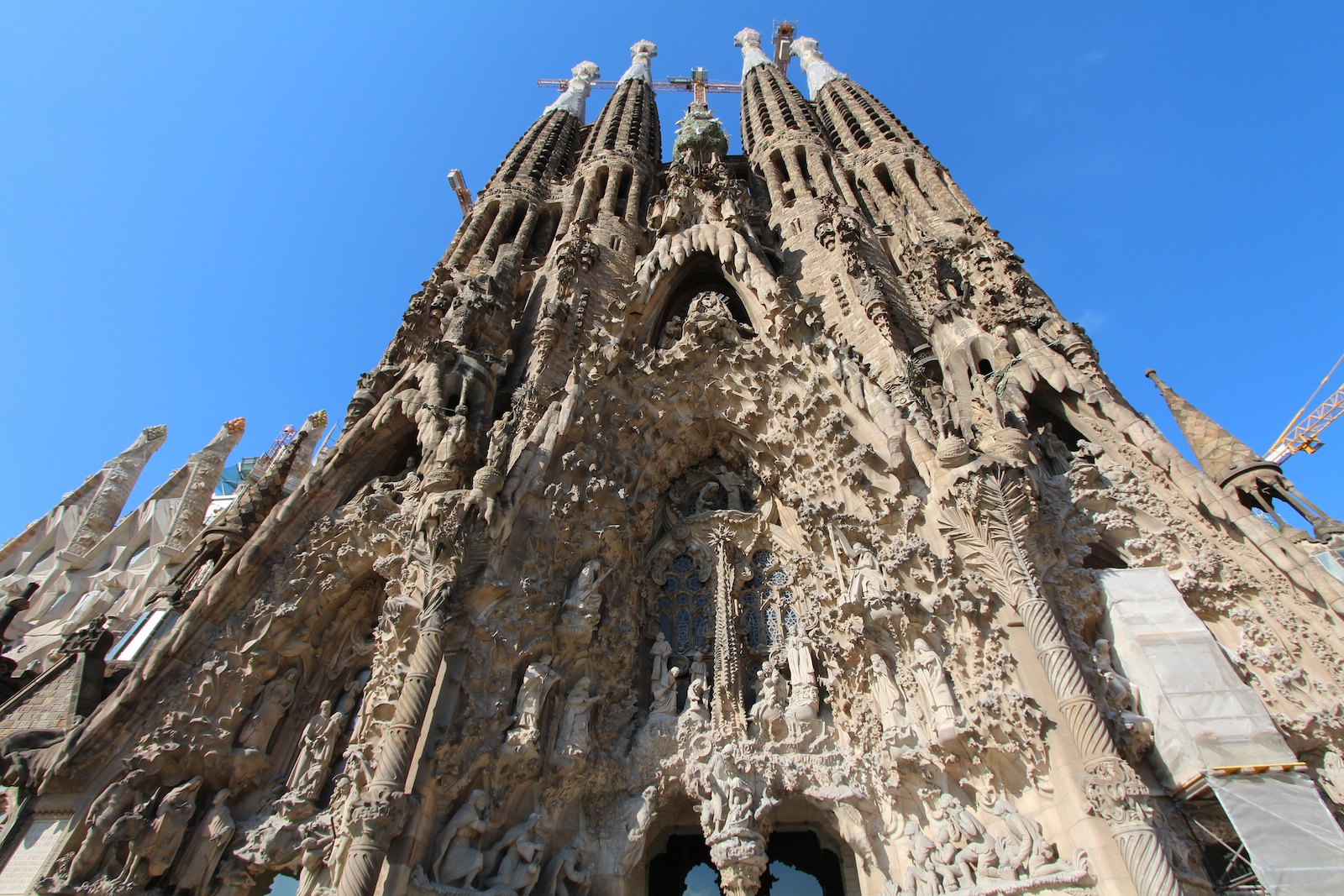 File la sagrada fam lia bas lica in barcelona for La sagrada familia church