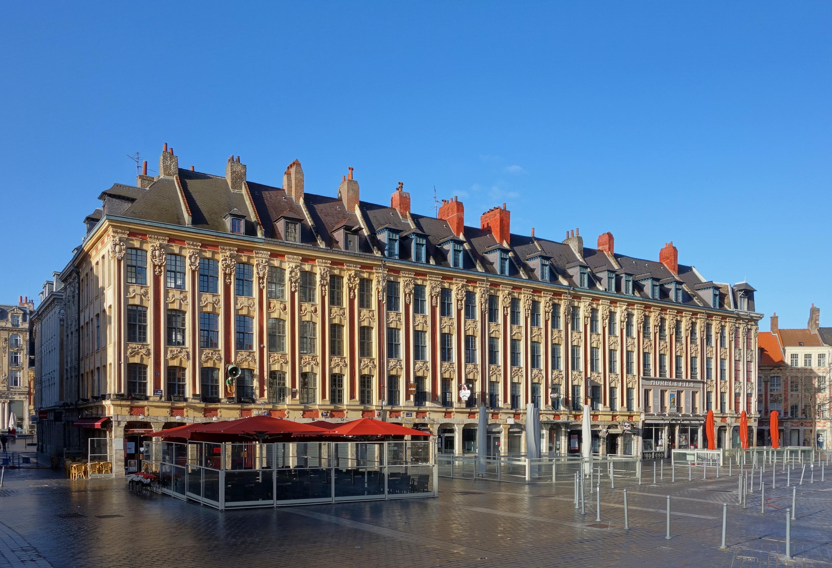 https://upload.wikimedia.org/wikipedia/commons/a/ae/Lille_rang_du_beauregard.jpg