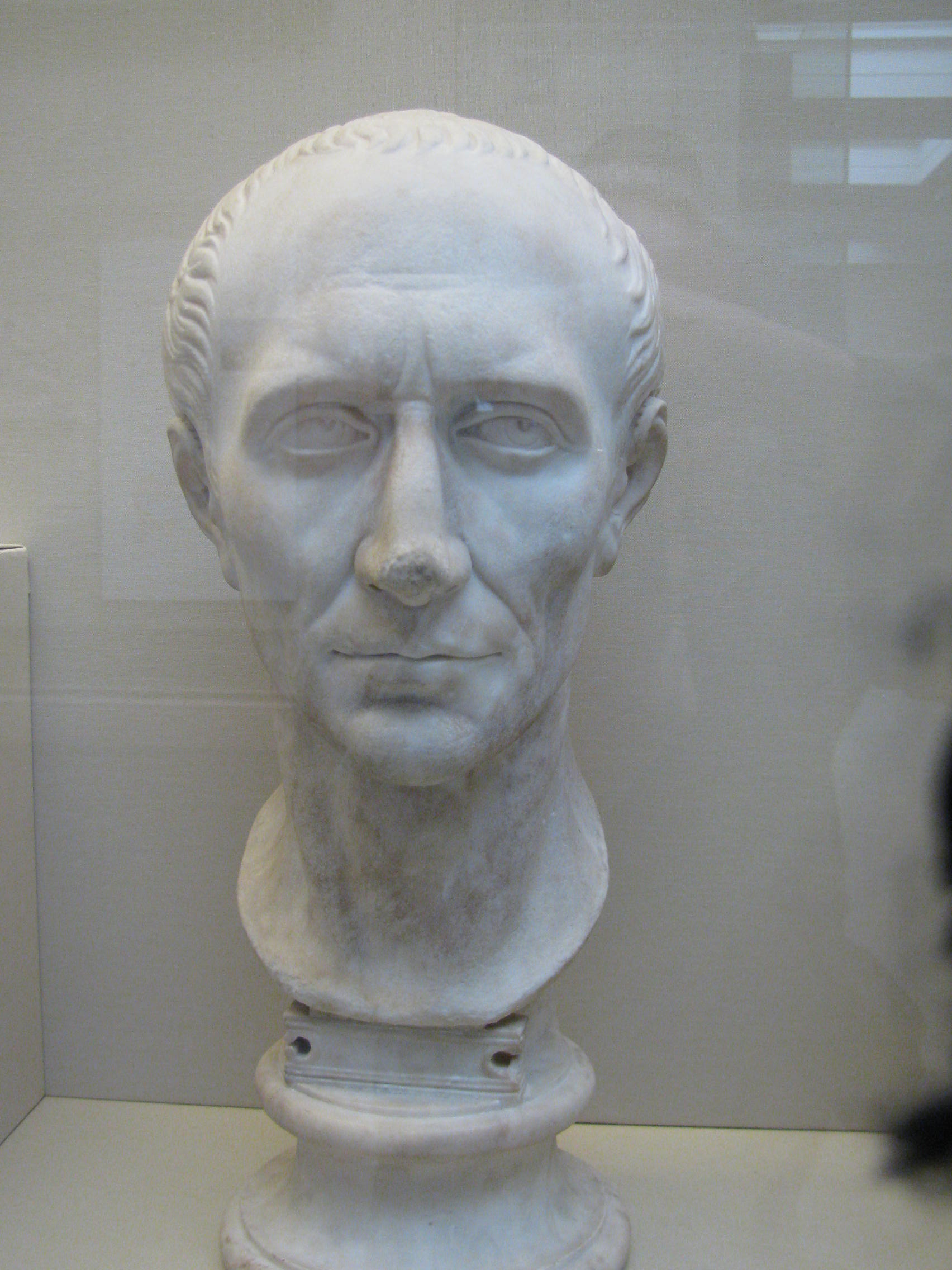 an analysis of the decisions of marcus brutus from the play julius caesar It occurs in his play, julius caesar, (act-iii, scene-i, lines, 77) julius caesar utters this phrase as his last words, addressing his close friend, brutus, in the play however, the history does not seem to support this, as it is a widely debated subject among historians and dramatists alike.