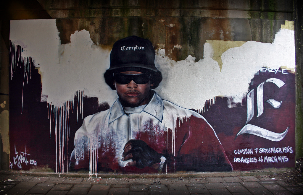 Eazy E Death Pictures Graffiti of eazy-e in the