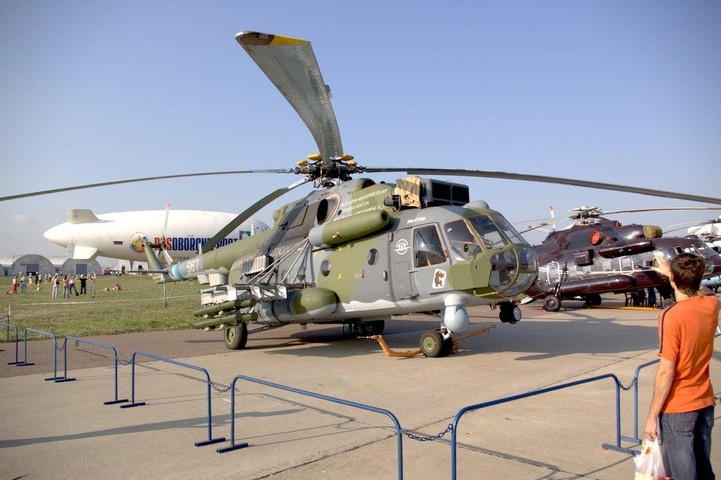 صفقات عسكرية قادمة مع روسيا نهاية 2015 - صفحة 2 Mi-171Sh%28IMGP0674%29