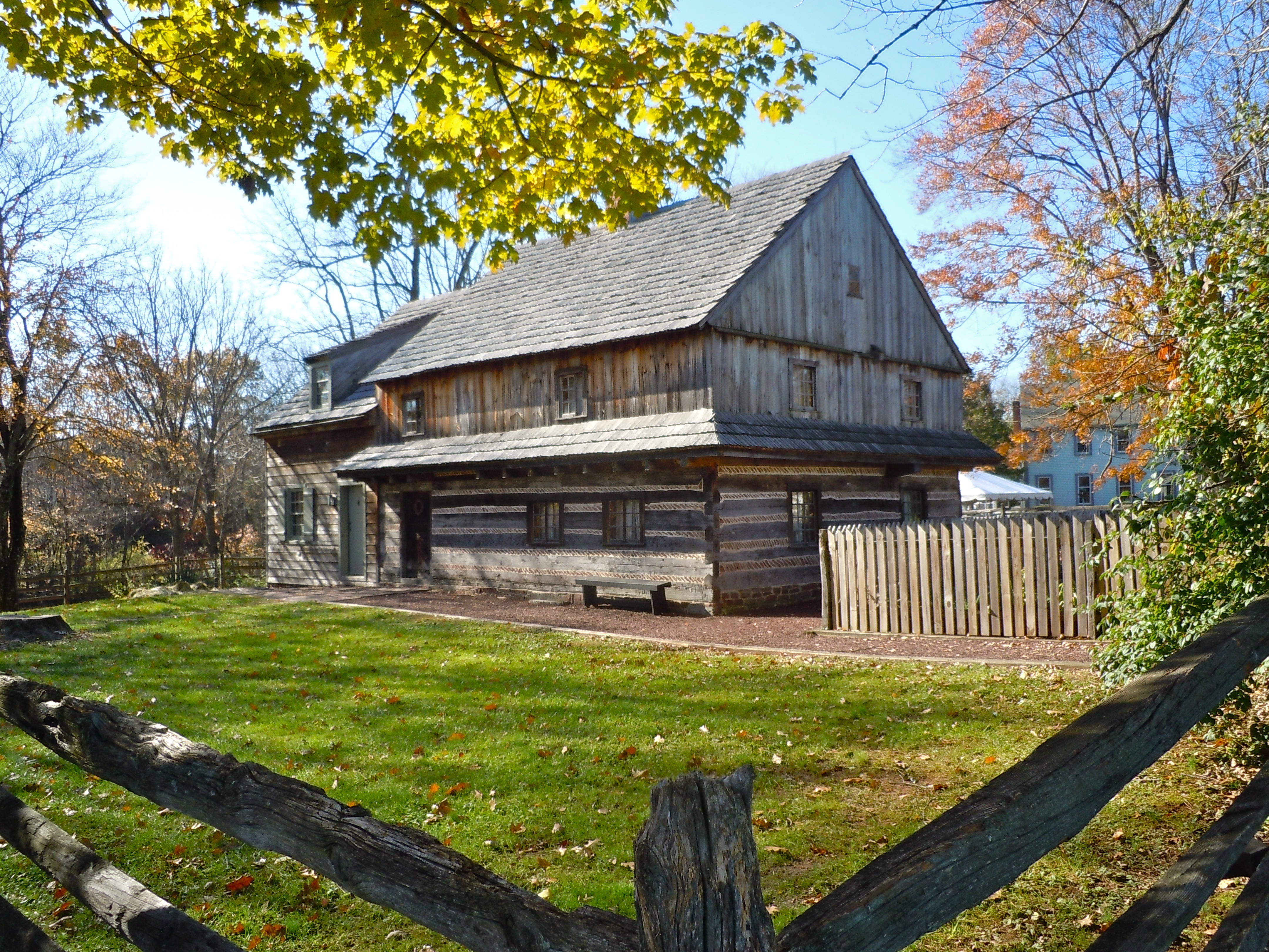 Description Morgan Log House Montco PA.jpg