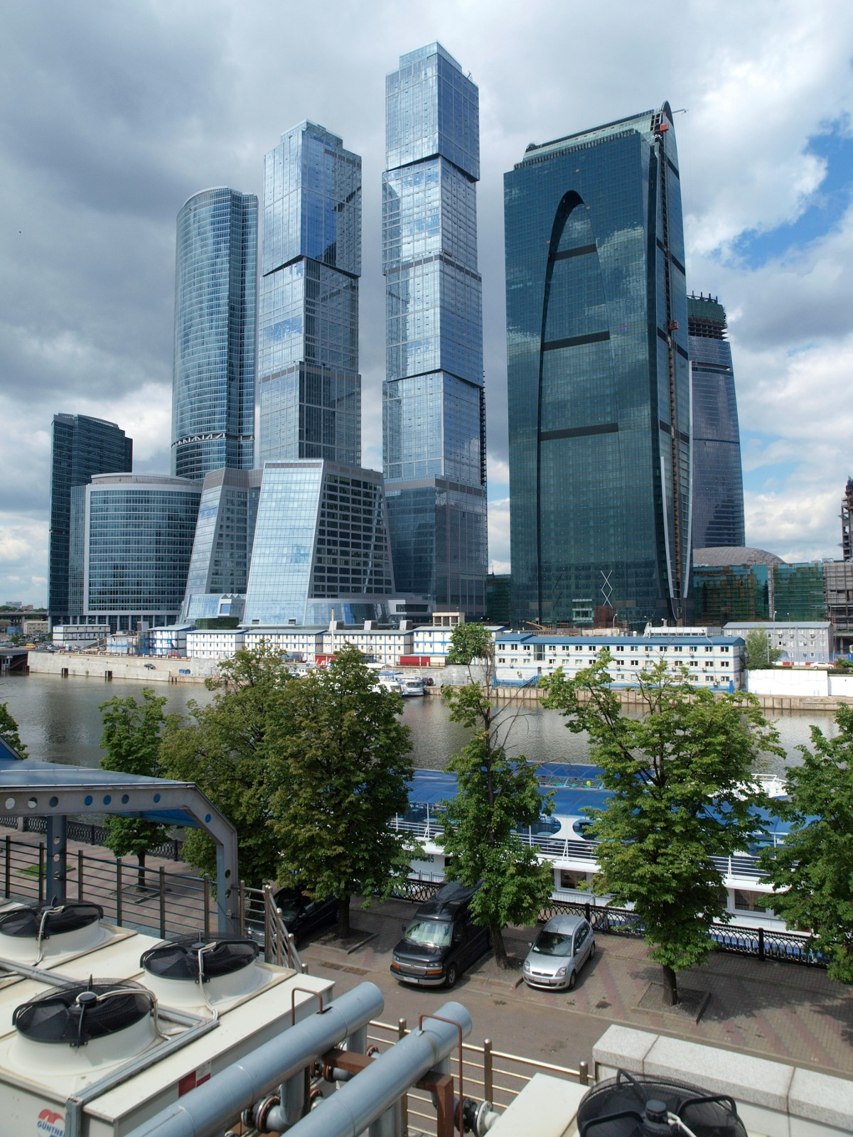 Nước Nga