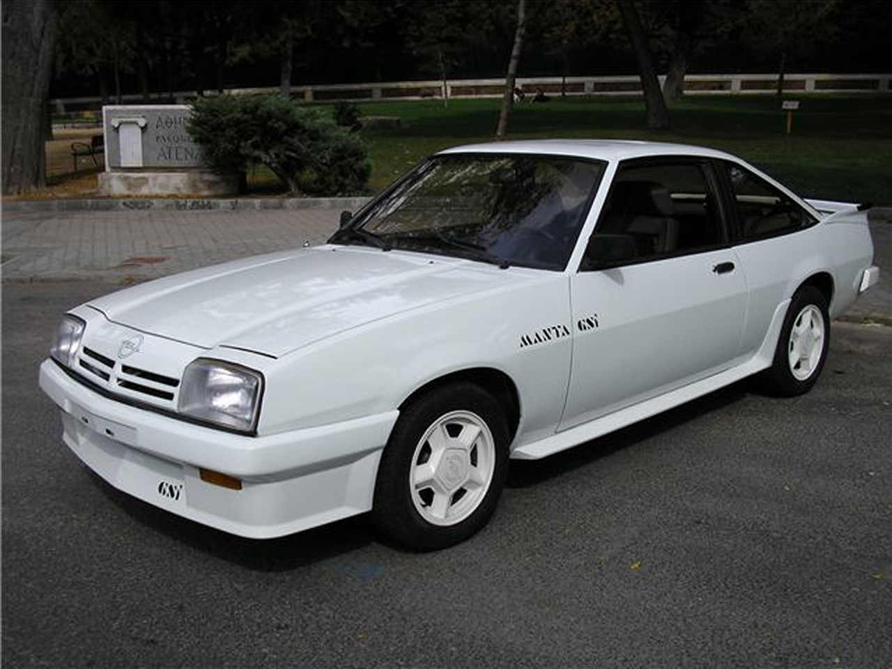 1982 opel manta 2 0 gte cc coup related infomation specifications weili automotive network. Black Bedroom Furniture Sets. Home Design Ideas