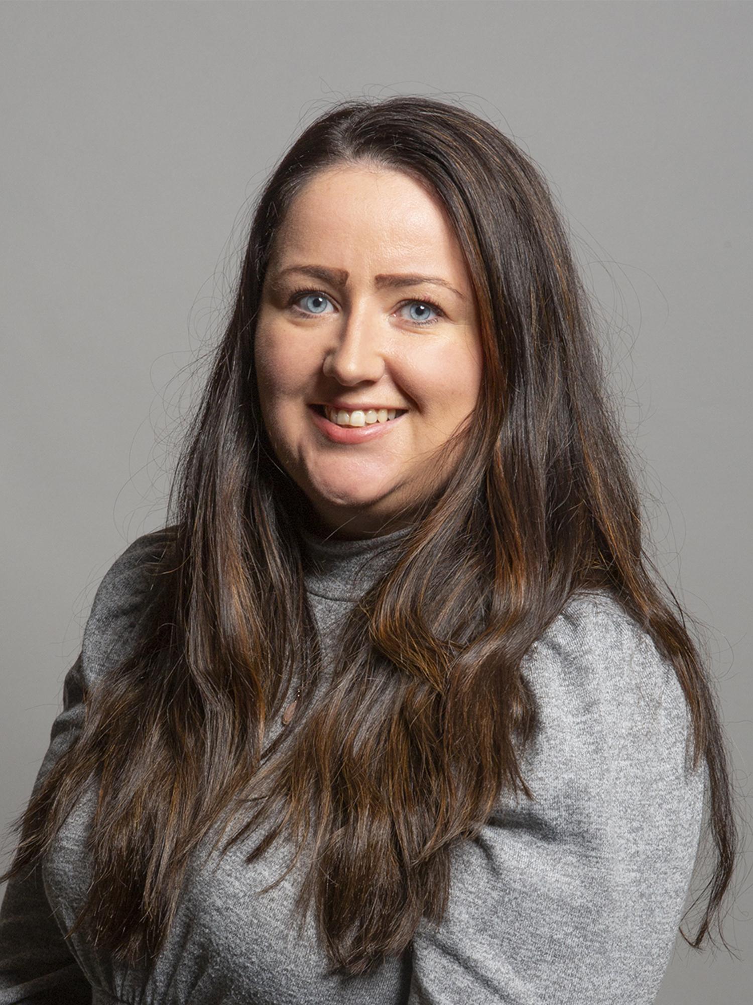 Angela Crawley - Wikipedia