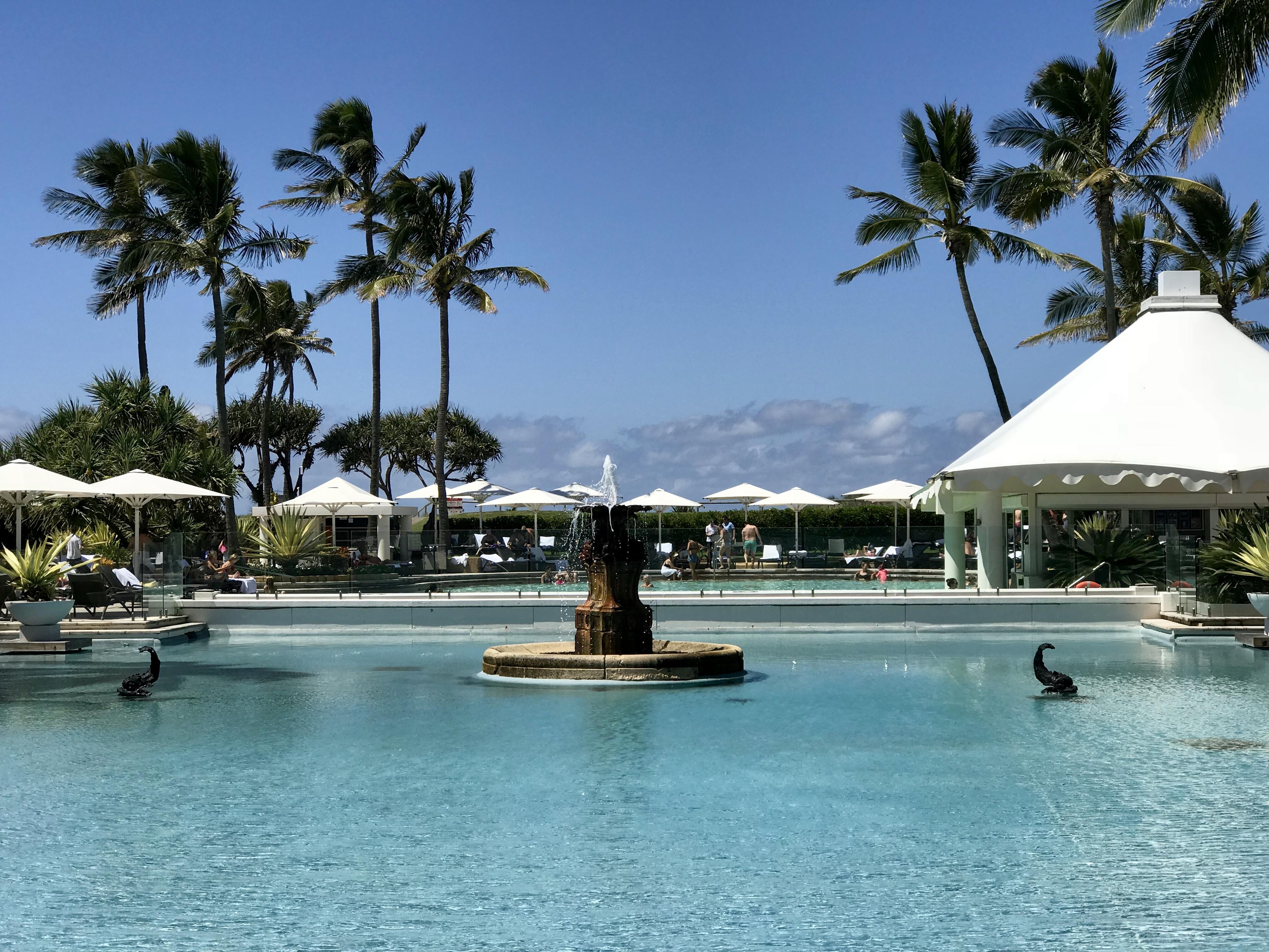 File:Palm garden and ornamental pools around Sheraton Grand
