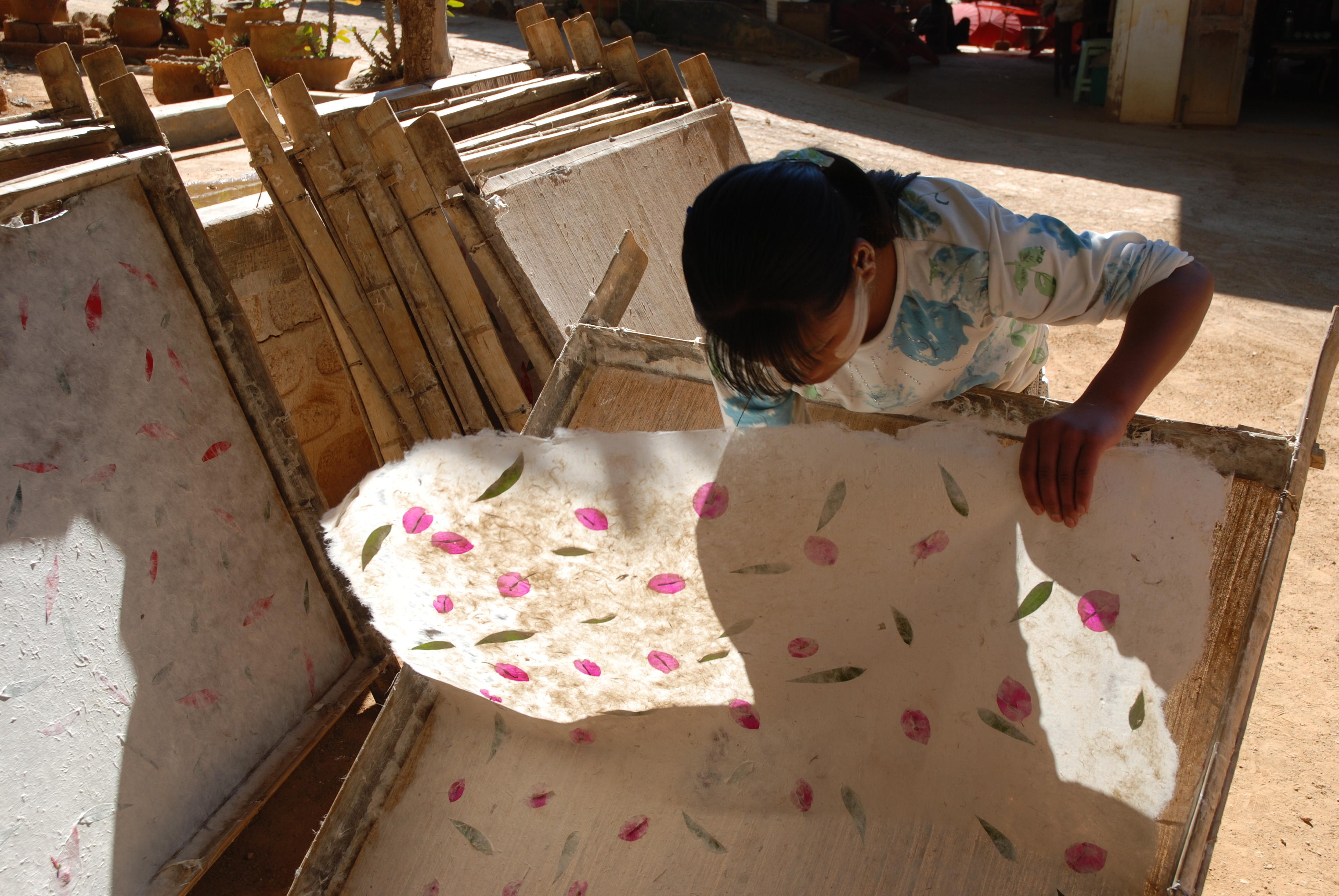 Http Commons Wikimedia Org Wiki File Paper Making Burma 5 Jpg