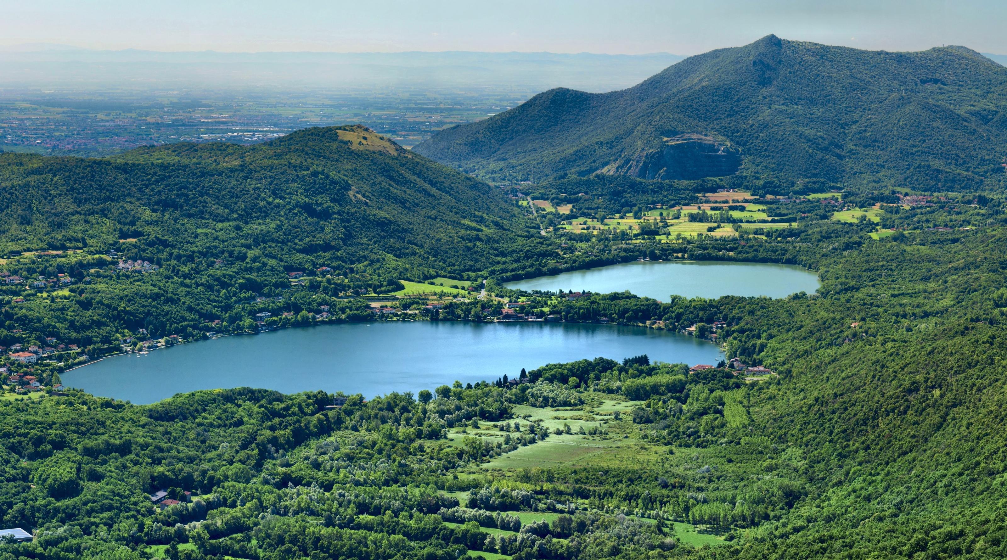 File parco dei laghi di wikipedia for Disegni di laghi