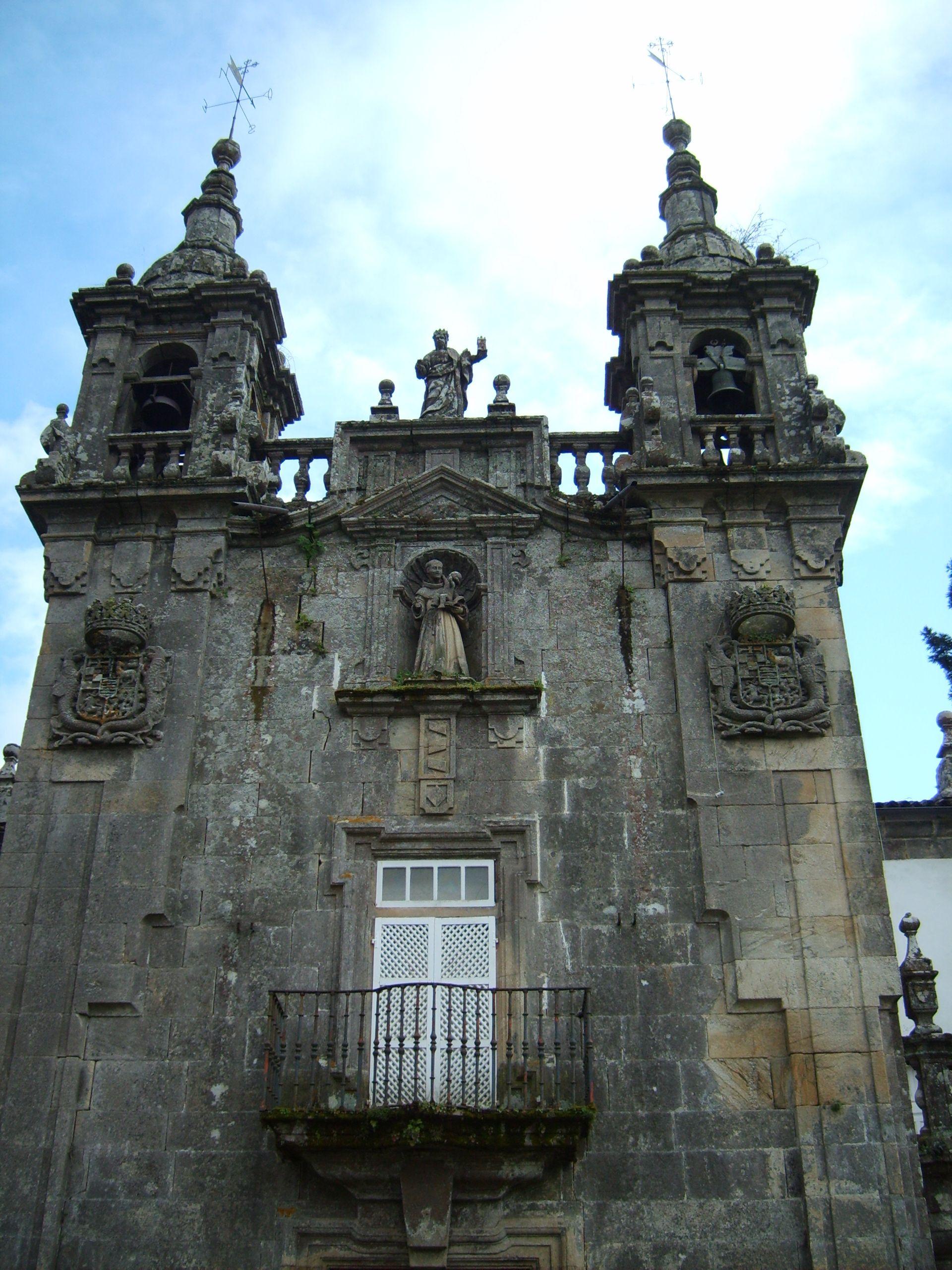 https://upload.wikimedia.org/wikipedia/commons/a/ae/Pazo_de_Oca_-_3.JPG