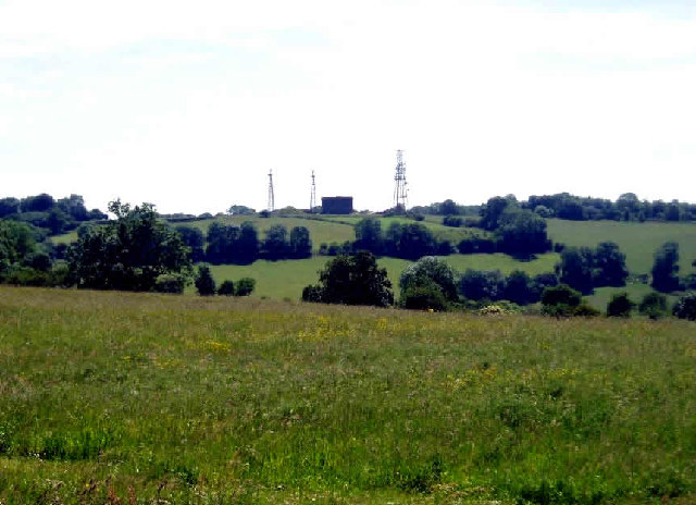 Radio masts and reservoir - geograph.org.uk - 19901