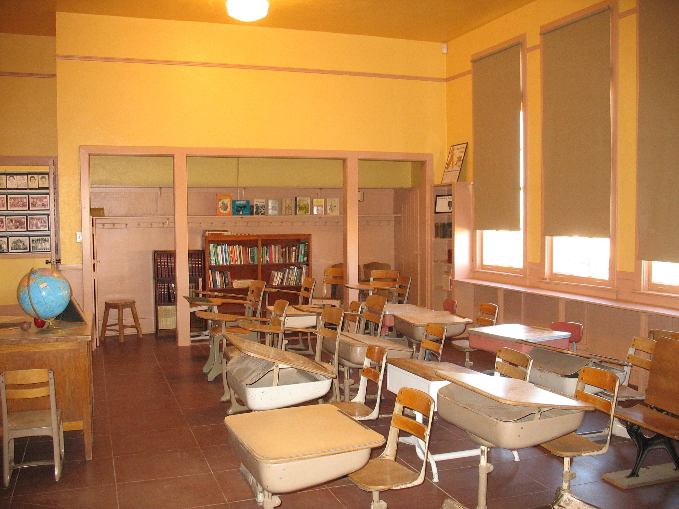 Elementary School Classrooms ~ File rittenhouse elementary school classroom g
