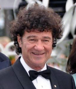 Singer-songwriter Robert Charlebois is well known for using Quebec French in his music.