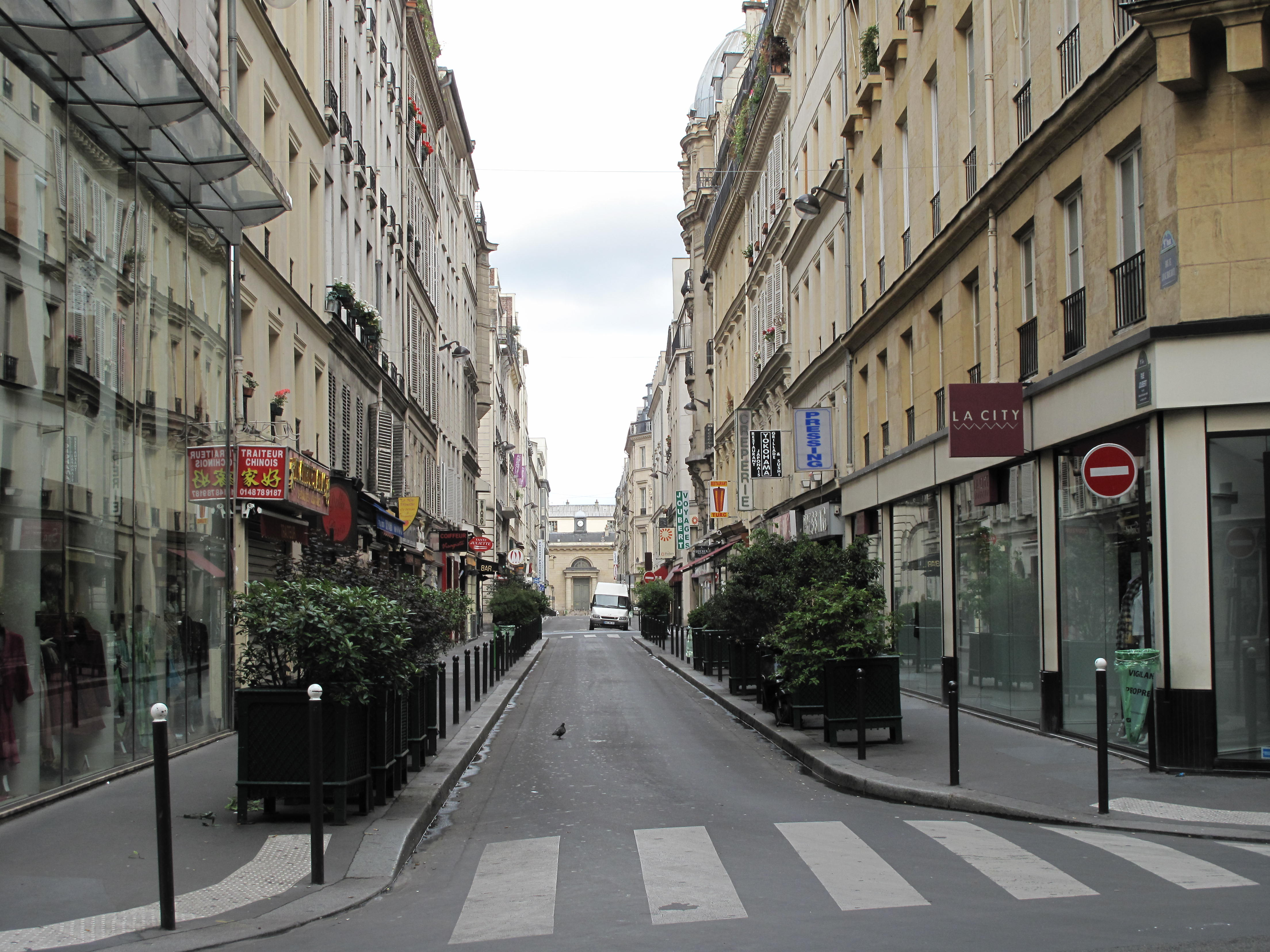 Paris Direction Ville De Sainte
